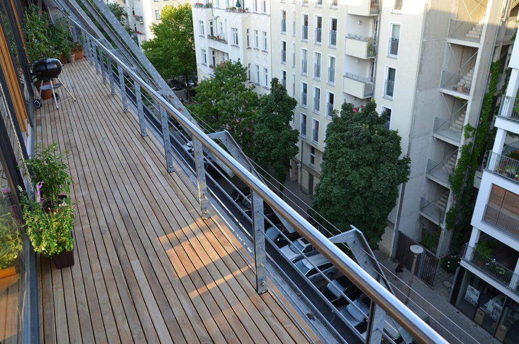 schmale teakholz terrassendielen kaufen in 50mm breite. Black Bedroom Furniture Sets. Home Design Ideas