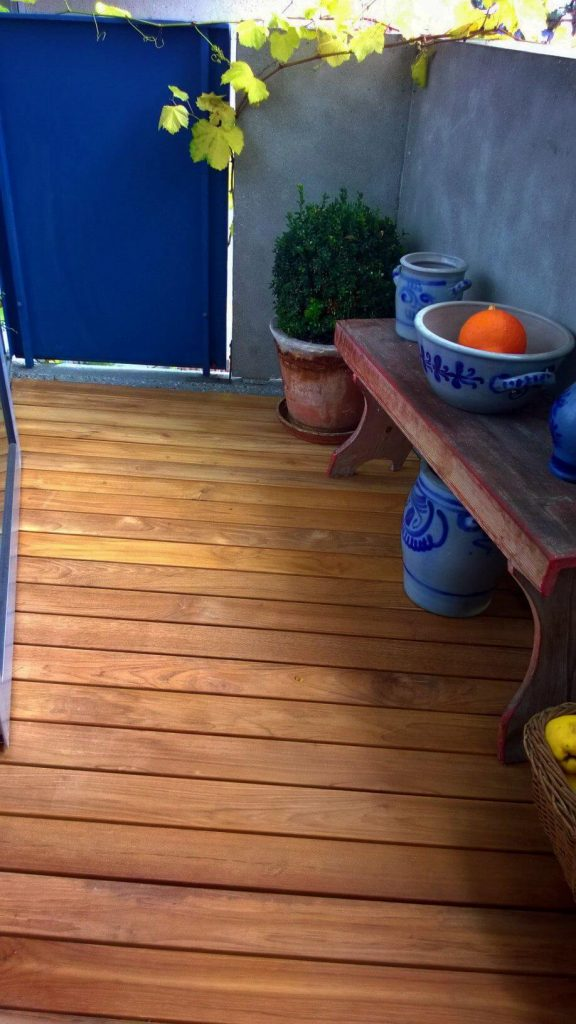 Balkon holzfliesen erfahrungen kreative ideen f r for Wohndesign hanau