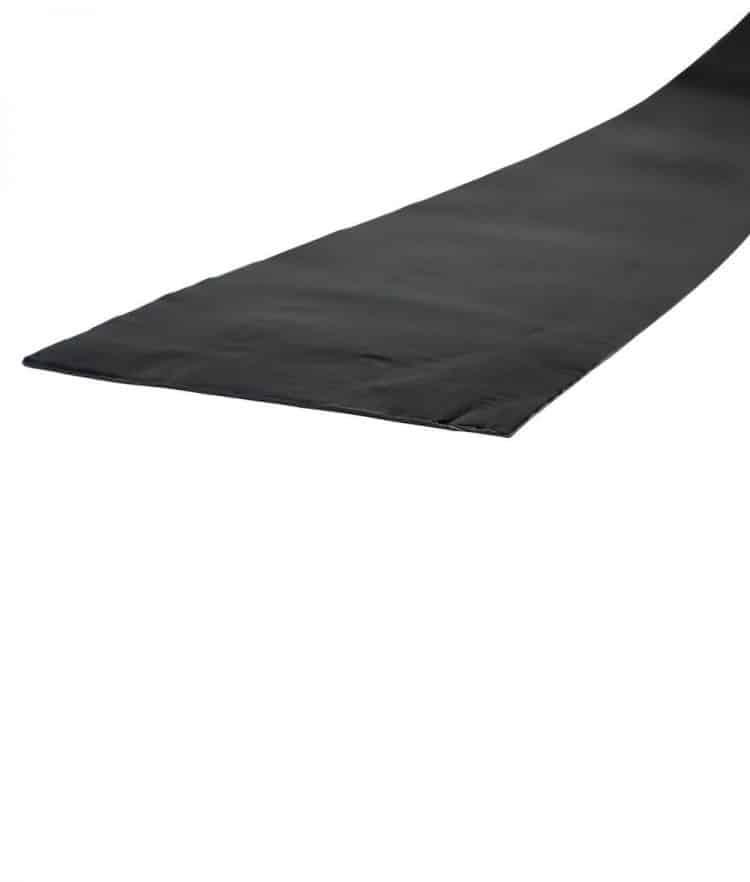 Schwarzes-Abdeckband-Unterkonstruktion-Terrassenbau