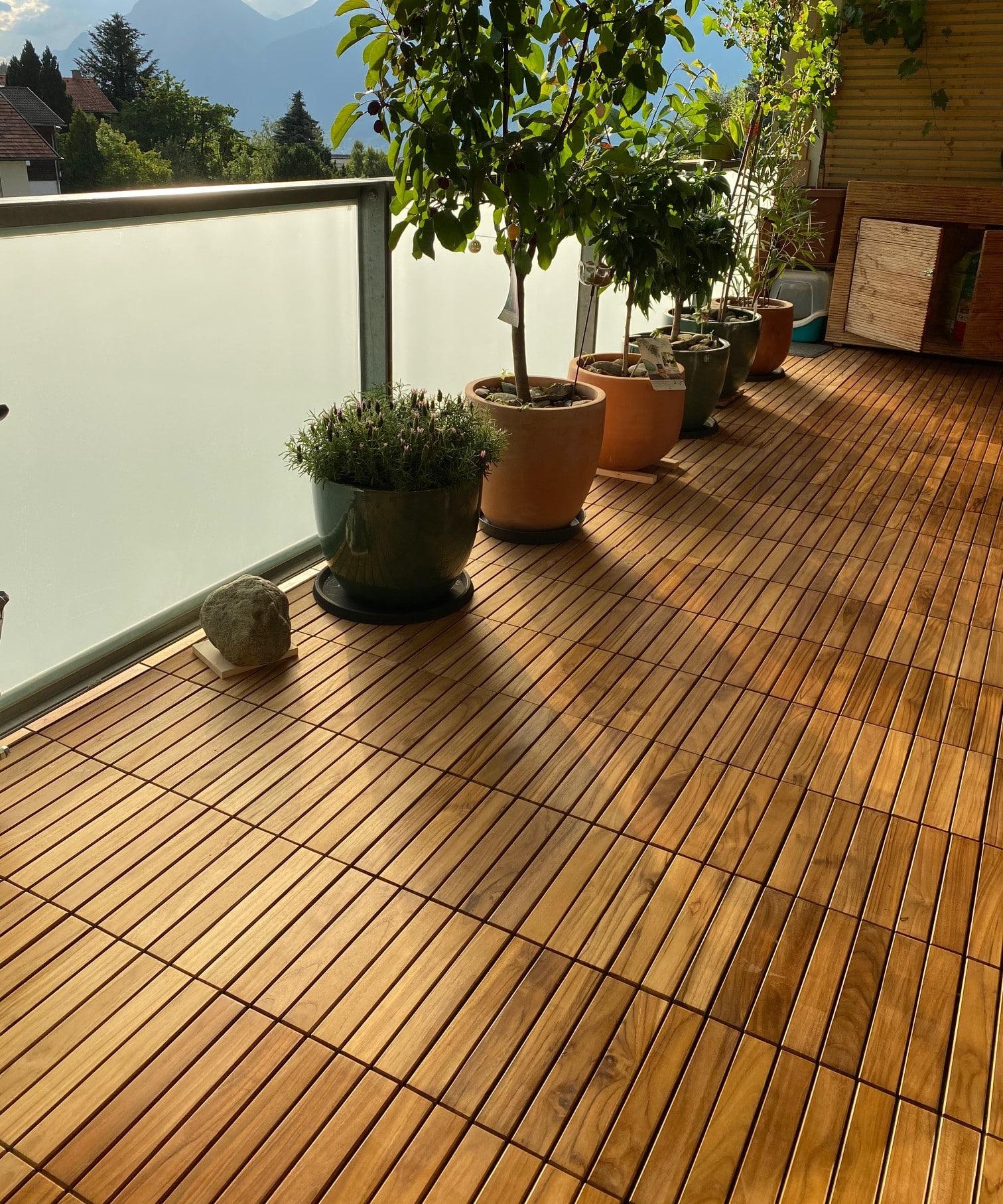 Teak Holzfliesen Auf Kunststoffgitter 30x30cm Fsc 100