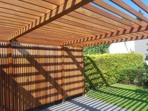 Terrassendielen und Cumaru Unterkonstruktion