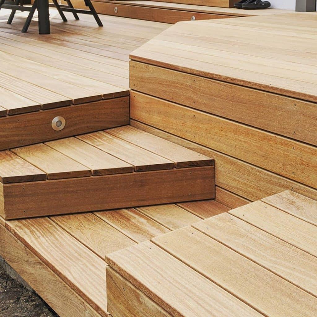 Was ist der Preis für eine Holzterrasse Ein Preisvergleich