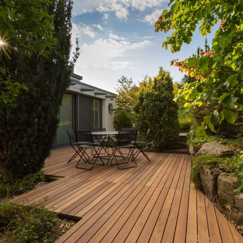 Terrassendielen aus Holz bester Haltbarkeit   FSC 20, handsortiert